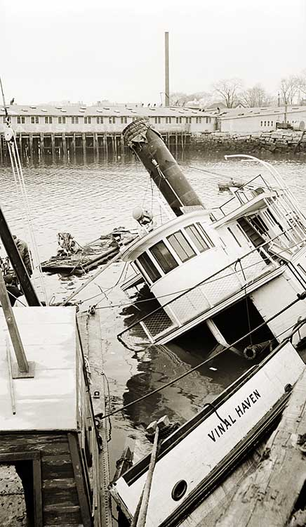 VINAL HAVEN Sunk