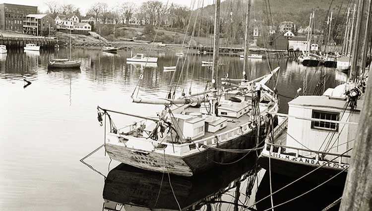 Camden Harbor Before the War