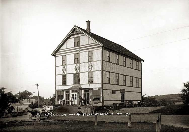 V.A. Simmons &#038; Co. Store, Searsmont, Maine