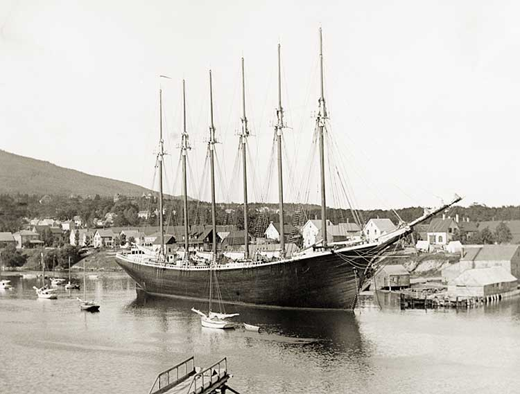 First Six-Masted Schooner