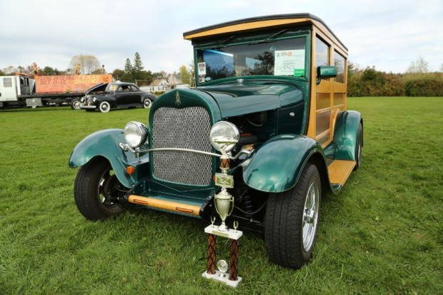 Prize-winning Antique Car at Fling Into Fall